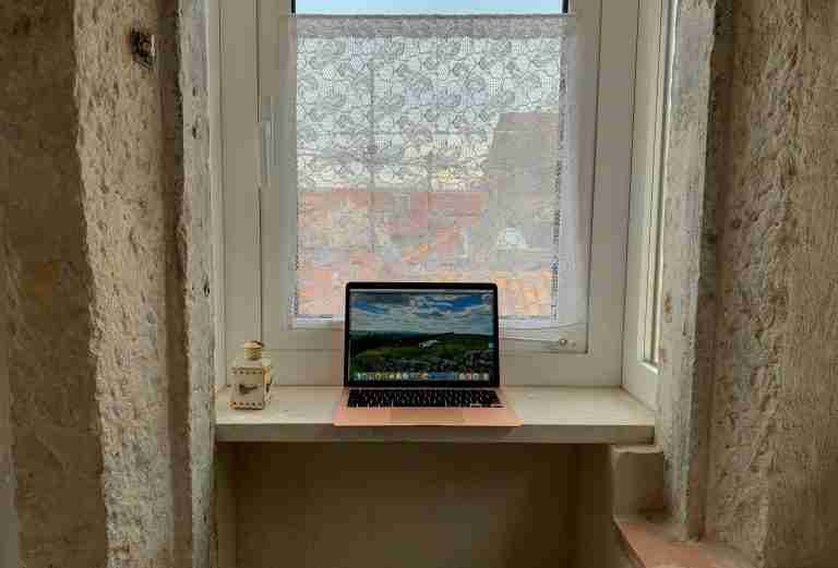 How I Make Money as a Freelance Writer and Digital Nomad